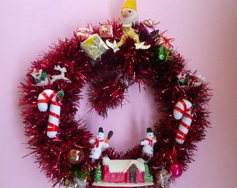 Red Pixie Wreath
