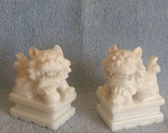 Foo Dogs - Shi Shi Dogs - Asian Foo Dogs - White Marble Foo Dogs - Hand Carved