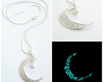 Crescent moon necklace glowing necklace turquoise necklace moon pendant glowing jewelry muslim jewelry moon jewelry pearl necklace silver