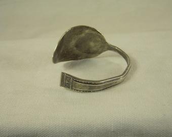 BEAUTIFUL Hammered  - Overlaid Plate Silverware Spoon Bracelet