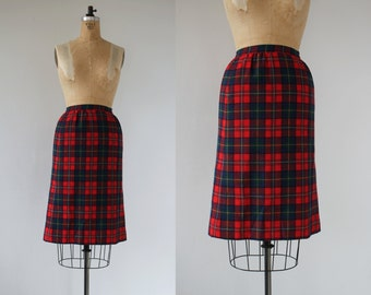 vintage 1970s skirt / 70s pendleton wool skirt / red pendleton plaid skirt / authentic boyd tartan / plaid pencil skirt / wool pencil skirt