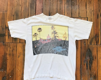 1994 X-Large Hotel California The Eagles Hell Freezes Over Tour T-Shirt on TeeJays