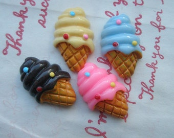 Cute ice ream cones with dots cabochons Set B 4pcs