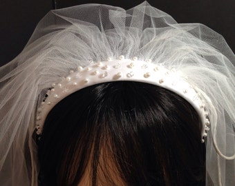 First Commuion Veil, Communion Headpiece, Holy Communion Satin Headband,Trimmed Veil,Communion Hair Accessories,White or Ivory