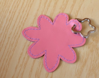 Leather keychain, leather keyring,flower keychain,shapes keyring,flowers keychain,pink flower keyring,pink keychain, flower shape