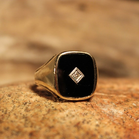 Vintage Mens Diamond Ring 10K Gold Mens Ring Heavy 7.5 Grams Size 10.75 Vintage Mens Gold Ring Mens Signet Ring Mens 10K Gold Onyx Ring