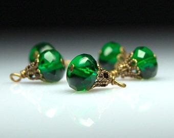 Bead Dangles Vintage Style Emerald Green Glass Set G460