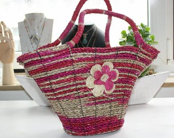 Pandantasche, hand woven, red, flower