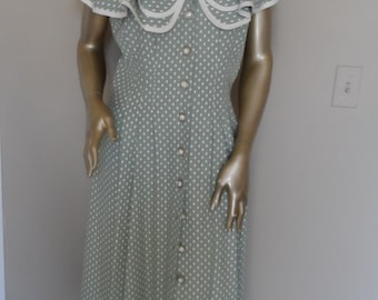 Vintage 1980's Ruffle Collar Dress*Buttons Down The Front.Size 10. KATIE Mfg.Faux Pearl Buttons.Moss Green & White Polkadot . Feminine .