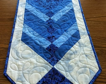 Quilted table runner, Blue Quilted Table runner, Mother's Day gift, Table topper, Dining room decor, Spring decoration, Dresser scarf