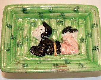 Ashtray Set, Ceramic, Green, Bas Relief, Asian Children, Bamboo, Black,Pink, Nesting, Set of 2, MIJ, Japan, Mid Century,Vintage,Retro, 1950s