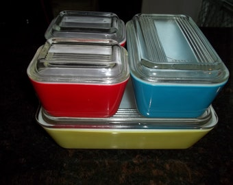 Pyrex Primary Refridgerator Boxes 8 piece set 2-501, 1- 0502, 1-503, 4 Lids
