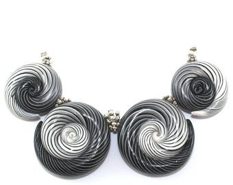 Ombre artisan clay beads for Jewelry making, color gradient spiral beads, strips Ombre beads, 4 polymer clay beads in black, gray and white