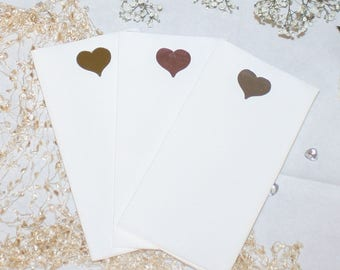Foil heart on large size crisp white paper napkins with the look and feel of linen (Pack of 20)