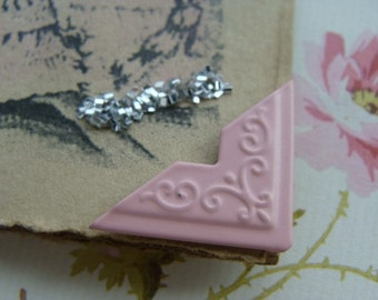 Finishing Touches Pink Scrolled Embossed Metal Photo Corners 4 Pieces