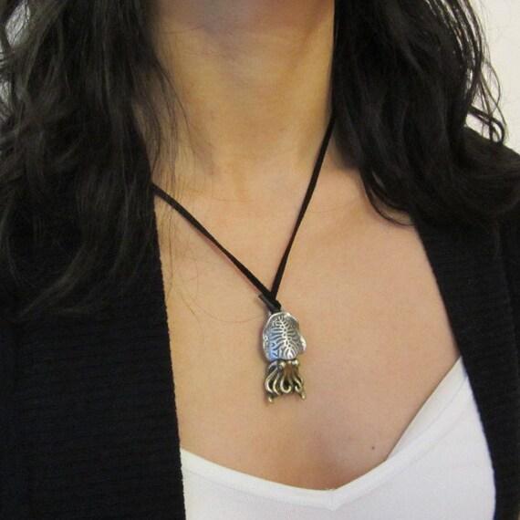 Sepia collar de calamar sepia colgante collar de anatomía