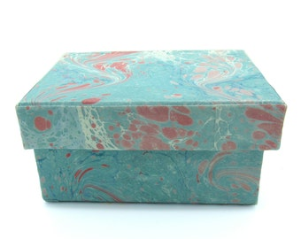 Desk accessory – hand marbled paper box