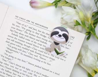 Reader Sloth - Magnetic bookmark || happy planner, literary gift, paper clips, book lover, planner bookmark, planner clips, lesezeichen