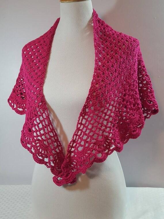 Lace shawl, bridesmaid accessory, Mothers Day shawl, crochet lace scallop shawl, beach coverup, sarong, openwork lace shawl, crochet collar