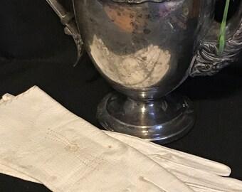 Vintage White Gloves Crelon Kid Gloves SALE PRICE was 14.99