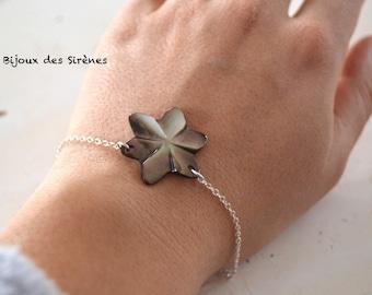 Dark grey mother of Pearl flower 925 sterling silver bracelet