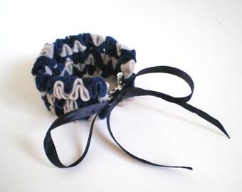 Morchela bracelet - Felt jewelry - Felt bracelet - Textil bangle - Navy blue bracelet