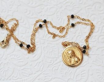 St Joan Of Arc - Saint Joan of Arc - Sacred Religious Medal Necklace Black Pearls - Pendant Gift - Wedding - Catholic Jewelry - Christian
