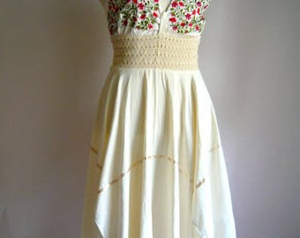 Vintage Embroidered Cotton Sun Dress / Stretch Waist SCARF HEMLINE / size medium 8 10 12 / Red Ivory White Floral MEXICAN Halter