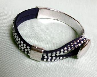 Here is a lovely bracelet... for summer evenings!
