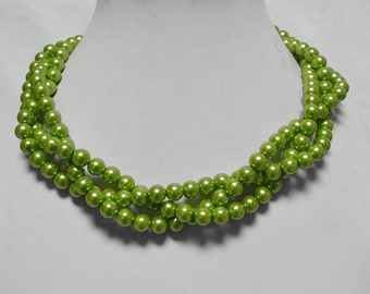 green pearl necklace,3 strands glass pearl necklace,wedding pearl necklace,bridesmaids necklace, green bead necklace,twist necklace
