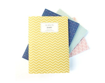 Monthly and weekly planner in 4 colors -my daily life DIARY