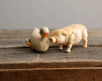 Pig and Duck Wind-up Toys | Farm Animals | Walking | Swimming | Hog | Duck | Pig | Barnyard | Farm