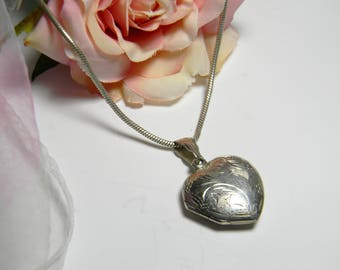 Vintage Sterling Silver Heart Locket Necklace - Etched Heart Locket Necklace Sterling Silver