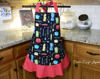 Ladies Full Apron, Black  Vintage Appliances Apron, Woman's full Apron / Retro Style / Full Designer Kitchen Apron / Vintage Apron