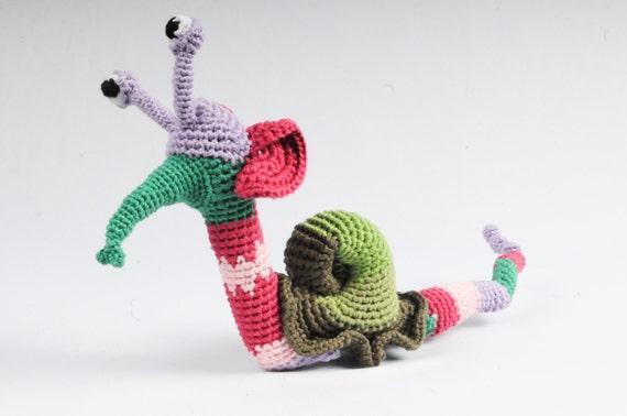 Amigurumi Caterpillar : Amigurumi strange doll pattern amigurumi pattern crochet alebrije