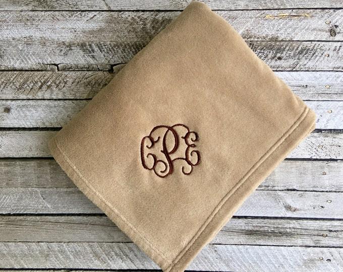 Monogrammed Blanket, Monogram Blankets, Personalized Blanket, Throw Blanket, Monogrammed Gifts, Outdoor wedding, Bridesmaid gifts, Wedding