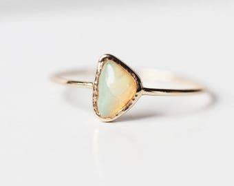 Opal Ring, 14k gold ring, Organic shape, Opal jewelry, Engagement ring, Opal Engagement ring, Gemstone ring, October birthstone