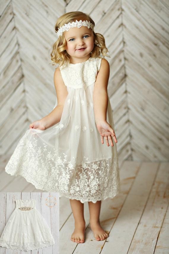 Lace flower girl dresses white