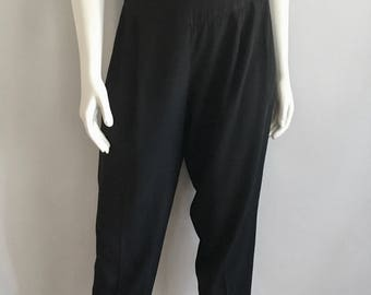Vintage Women's 80's Black, Pleated Pants, High Waisted (M)