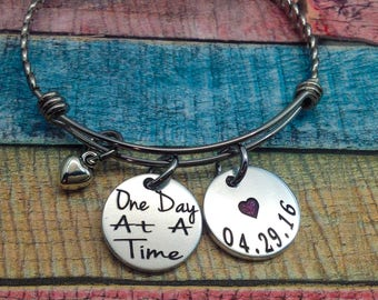 Sobriety Gift, One day at a time, Sobriety, AA, NA, Addiction Recovery Jewelry, Sobriety Date Bangle Bracelet, Recovery celebration