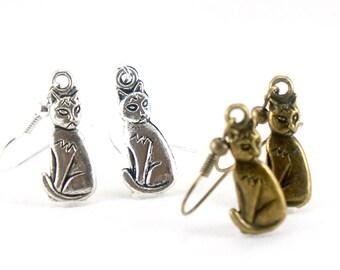 Angry Grumpy Cat Dangle Earrings - Sitting Cat Earrings - Meow Meow Earrings