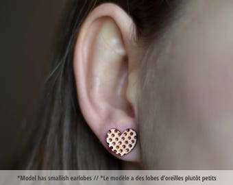 Wood polka dot heart studs. With sterling silver or stainless steel posts. Wood polka dot heart earrings, geometric earrings minimalist stud
