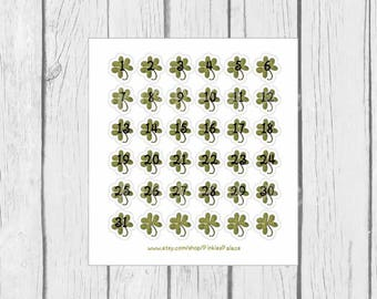 March Calendar Stickers March Planner Stickers Shamrocks Set of 36 Stickers PS437