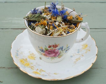 Vintage Teacup and Natural Dried Flowers, Herbs, Potpourri, Petals HERBAL BLEND No2 Peppermint, Rosemary, Eucalyptus, Lavender