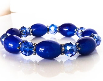 Vintage Blue Glass Stretch Bracelet     Fits Small Wrist