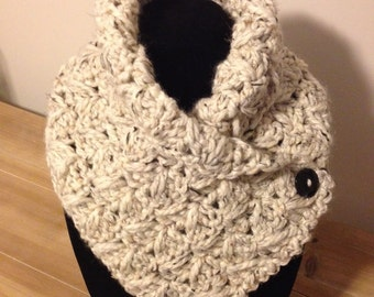 Button cowl; chunky cowl; thick cowl; folded scarf; oatmeal; infinity scarf.
