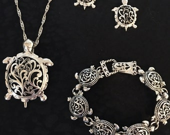 Sterling Silver Turtle Necklace With Black Underlay, Bracelet, And Earring Set