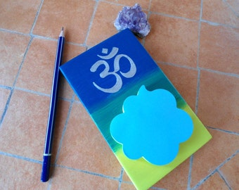 Spiritual memo pad - Om symbol sticky note holder - Practical spiritual gift - Practical meditation gift - Colourful Om notepad