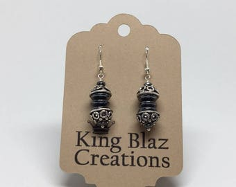 E1801: Antiqued Silver Plated Earrings with Hematite Disks