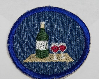 ROUND Wine Bottle and Glasses Iron On Patch / Merit Badge